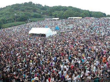 昨年の観客席の様子。約1万人を動員した