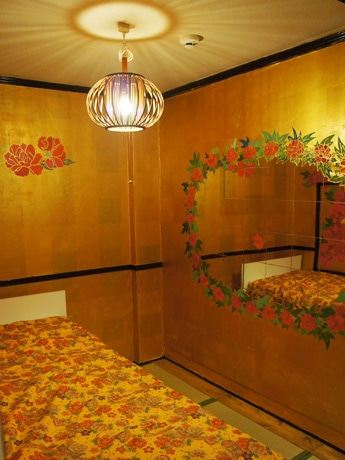 Room203「ステキなあなた」Wonderful Youの室内