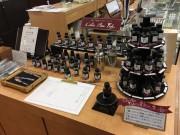長崎の老舗文房具店で「万年筆コレクション」 1本200万円の万年筆も