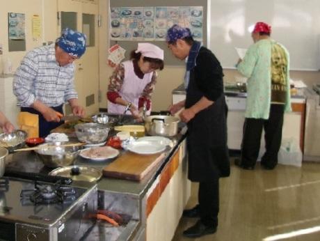 前回の料理教室風景