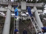 長崎・淵神社で海上自衛官が清掃ボランティア