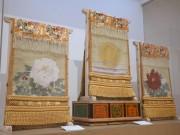 長崎県美術館で横綱・白鵬関の化粧まわし展示