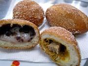 那覇・前島の揚げパン専門店、限定200個が連日完売-口コミで人気に