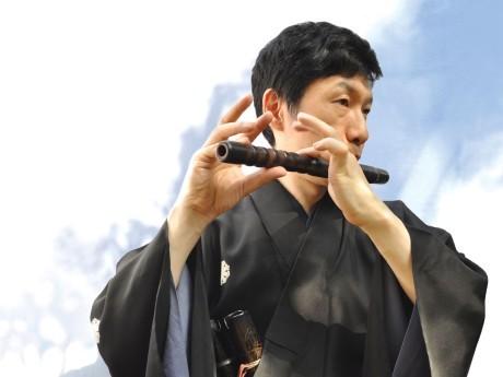 重要無形文化財総合指定保持者で能楽師一噌流笛方の一噌幸弘さん