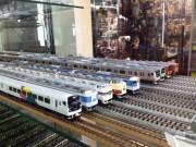 中野ブロードウェイの鉄道模型店で「中央線フェア」-歴代の中央線模型ずらり