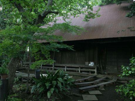 中野区に残る唯一のかやぶき民家、細田邸