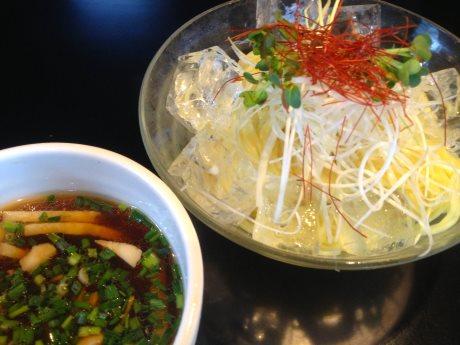 「冷やニボつけ麺」(780円)