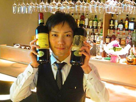 ソムリエ資格も取得した店主の鈴木さん