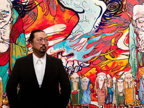 世界的現代芸術家の村上隆さんと作品(Photo by Chika Okazumi)