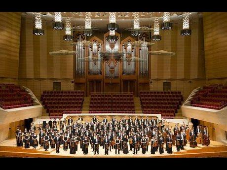 東京フィルハーモニー交響楽団 (C)K.Miura