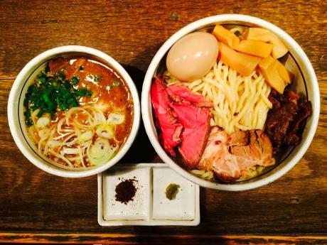 話題の「特製つけ麺」(1,500円)