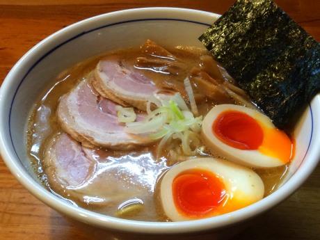 店主お薦め「特製らー麺」(950円)