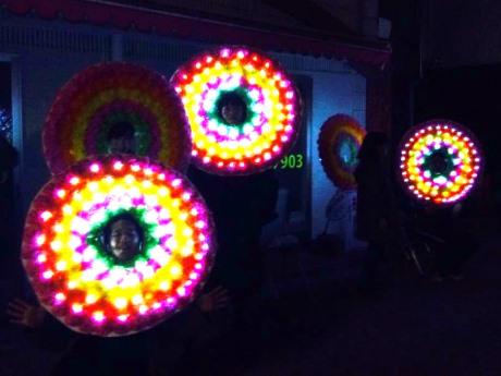昨年初参加の「人間電飾花輪隊」は今回も参加予定
