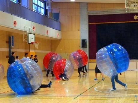 「バブルサッカー」昨年開催時の様子