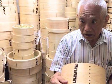 伝統工芸を守り続ける和せいろメーカー「大川セイロ店」の大川良夫さん
