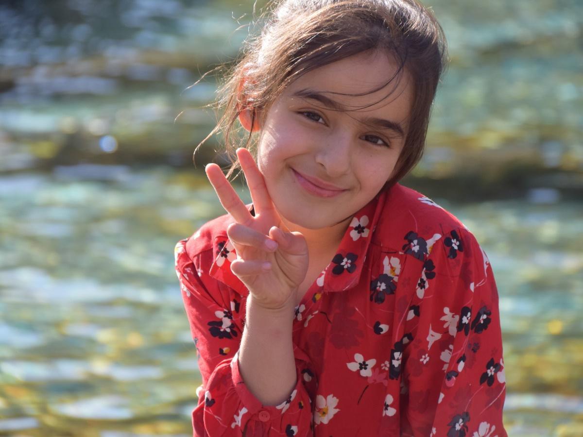 トルコ国籍クルド人の少女