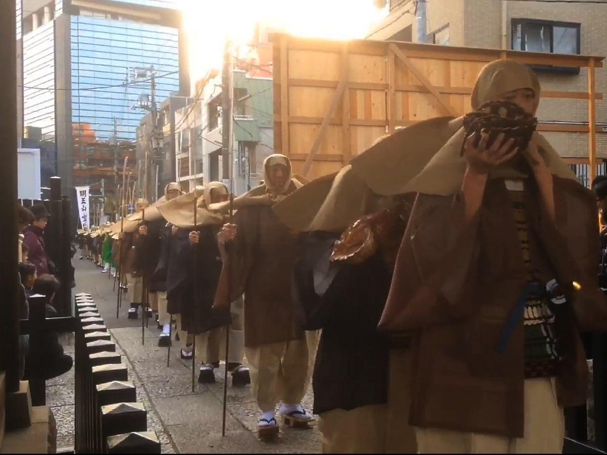 僧兵100人行列が名物の「明王山 宝仙寺」(昨年の様子)