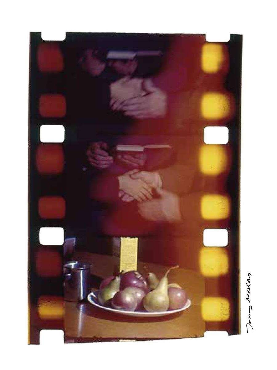 ジョナス・メカスの映画のコマをチバクロームという現像方法で焼き付けた作品