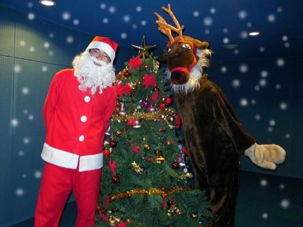 サンタさんとトナカイさんはファミリー向けに登場予定