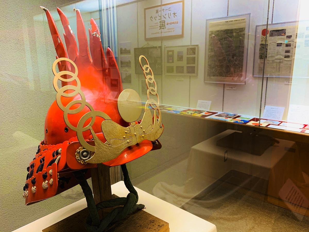1964年の東京オリンピック開催記念で製作されたかぶと
