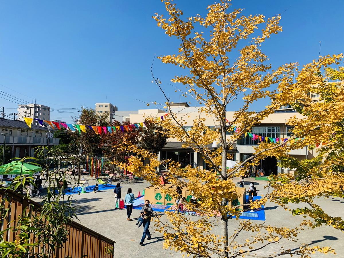 「おかのうえ公園」(東中野区民活動センター)で開催中