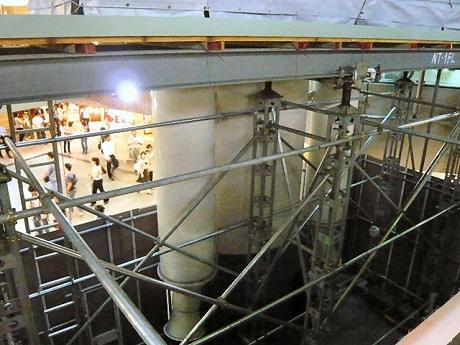 現在工事中の「ロケット」。23日に本体が撤去される