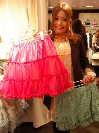 人気読者モデルで「Darling by Little Berry」プロデューサーの村上実沙子さん