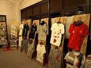 西長堀で直描きTシャツの展示・販売会-若手のクリエーターらが参加