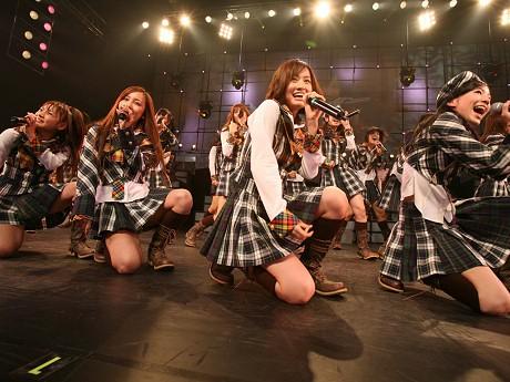 今月21日~24日に「SHIBUYA-AX」でライブを行うアイドルグループ「AKB48」 ©AKS