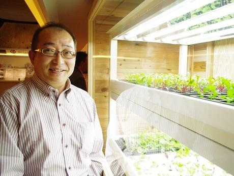 「道頓堀畑」を運営するみらくるグリーンの五唐秀昭さん