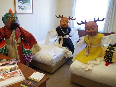 「せんとくん」の制作者として知られる籔内佐斗司さんの部屋