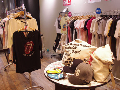 「The Rolling Stones Official T-Shirt Concept Store」