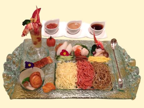 高級冷麺「薬膳海鮮冷麺」