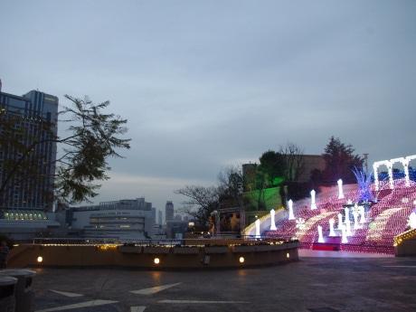 8階「円形劇場」周辺エリアに出店する