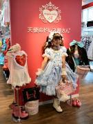 アメ村に「天使のドレス屋さん」 子ども向けに1500点そろえる