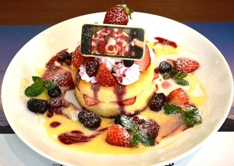 「瀧と入れ替わった三葉も思わず写真を撮りたくなったパンケーキ」