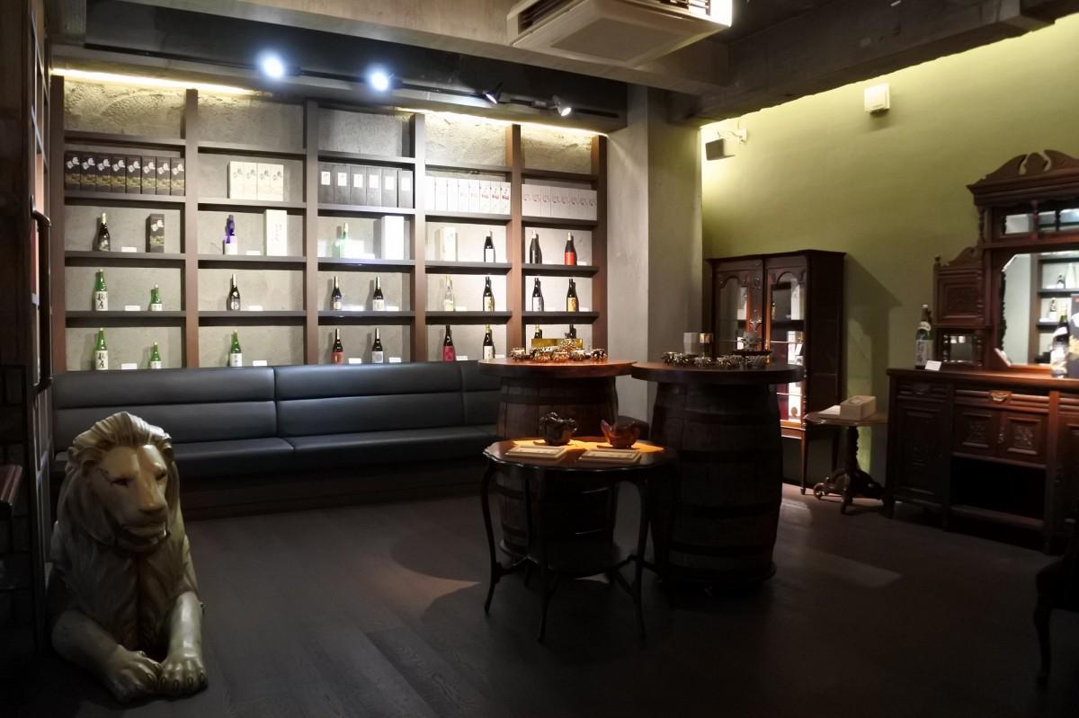 アパレル店の様な内装が特徴