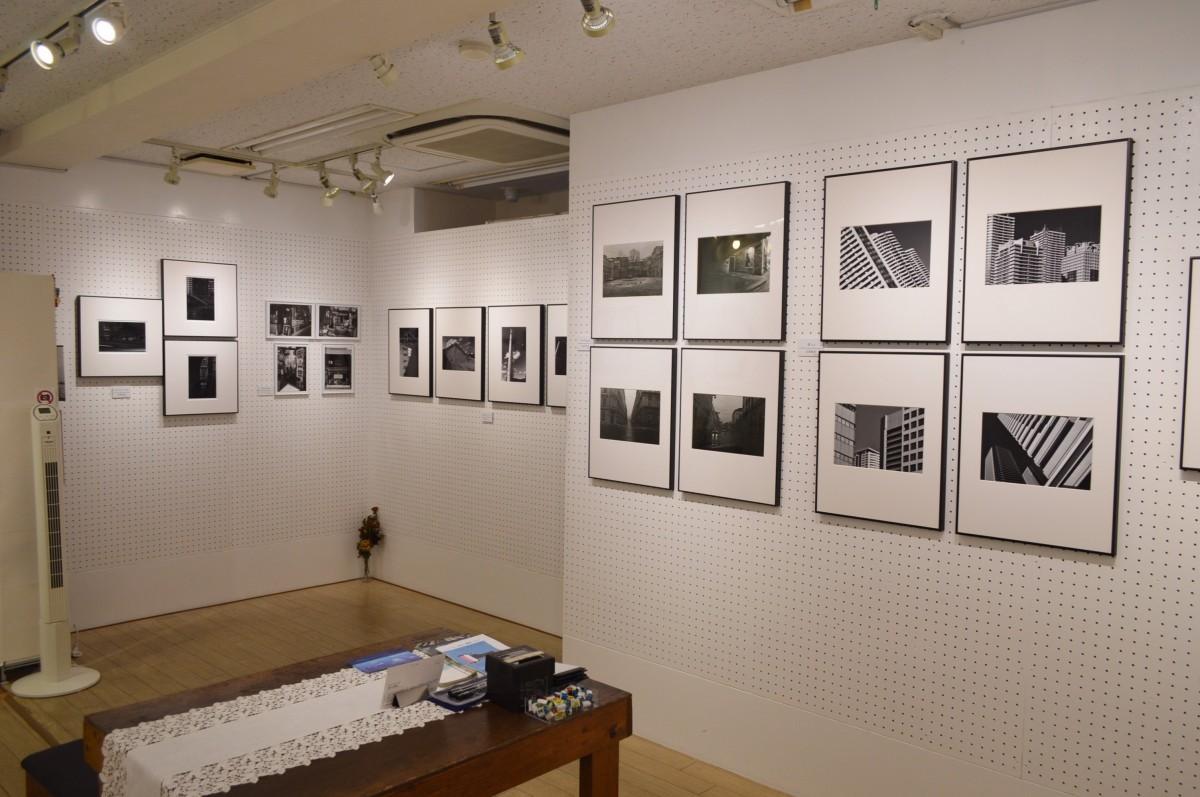 企画公募写真展「都市景観」の様子