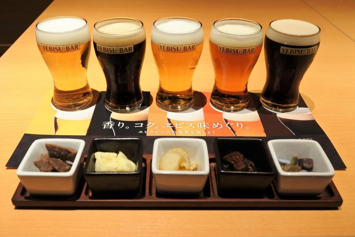 5種類のたる生エビスビールと合わせた小針料理
