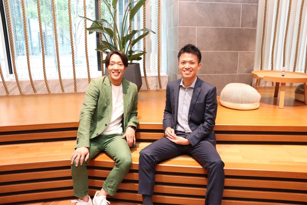 法人を設立した佐々木社長(右)と、桝井嘉寿也副社長(左)