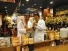 新世界の人気串かつ店「だるま」、法善寺横町に「なんば本店」