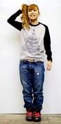 「奈良Tシャツ」に初のロングT-アメコミ風に五重塔をデザイン