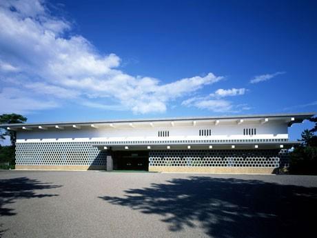10月2日にリニューアルオープンする「大和文華館」の外観