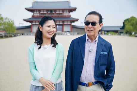 平城宮跡を訪れるタモリさん(写真=NHK提供)