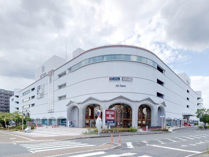 会場の観光型商業施設「ミ・ナーラ」