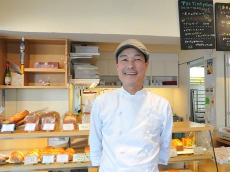 ブレッド&カフェ「ハーベスト」の店主、石井文夫さん