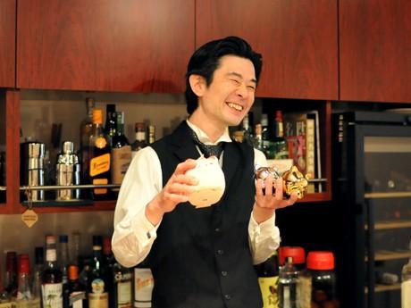 「呑屋ぴぐぷらす」店主の佐藤哲也さん