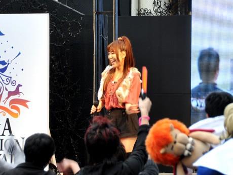米倉千尋さんによるアニソン・スペシャルライブ