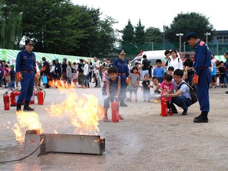 初期消火訓練(昨年の様子)