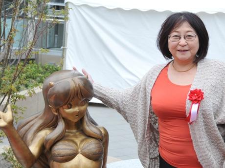 練馬経済新聞・上半期PV1位は、大泉のアニメブロンズ像お披露目
